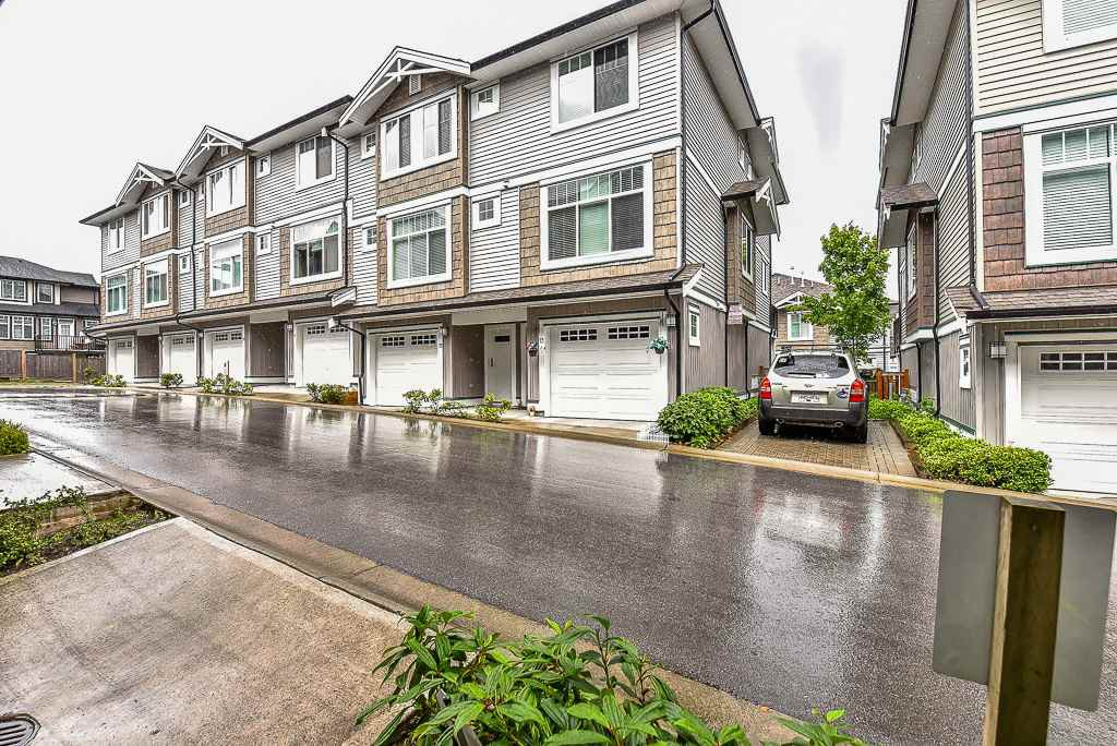 Main Photo: 73 14356 63A Avenue in Surrey: Sullivan Station Townhouse for sale : MLS®# R2337034