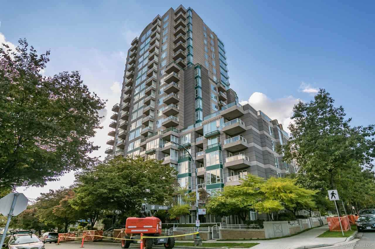 "Main Photo: 1201 5189 GASTON Street in Vancouver: Collingwood VE Condo for sale in ""MACGREGOR"" (Vancouver East)  : MLS®# R2363442"