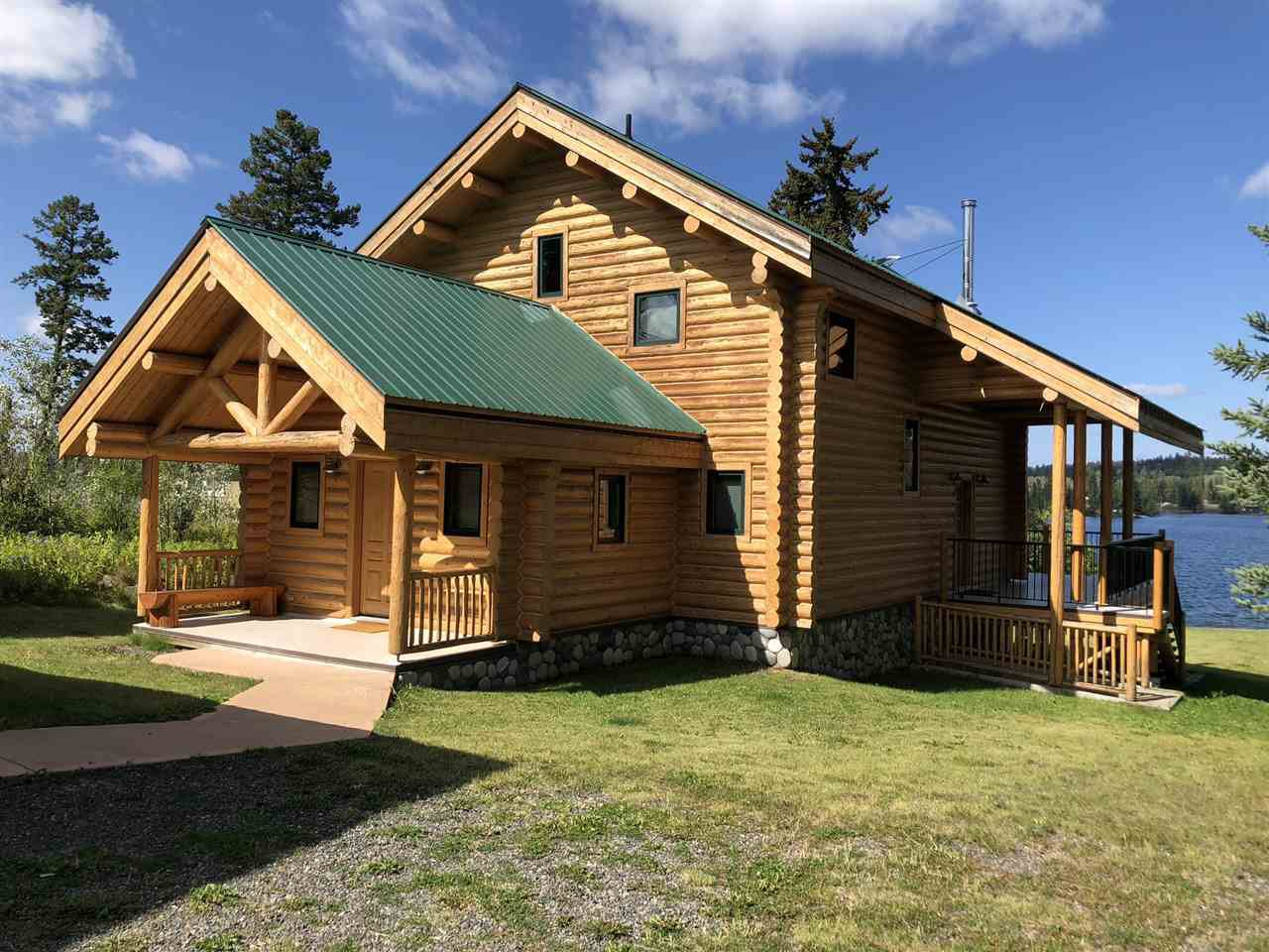 "Main Photo: 7577 BEAZELY Road in Deka Lake / Sulphurous / Hathaway Lakes: Deka/Sulphurous/Hathaway Lakes House for sale in ""DEKA LAKE"" (100 Mile House (Zone 10))  : MLS®# R2384527"