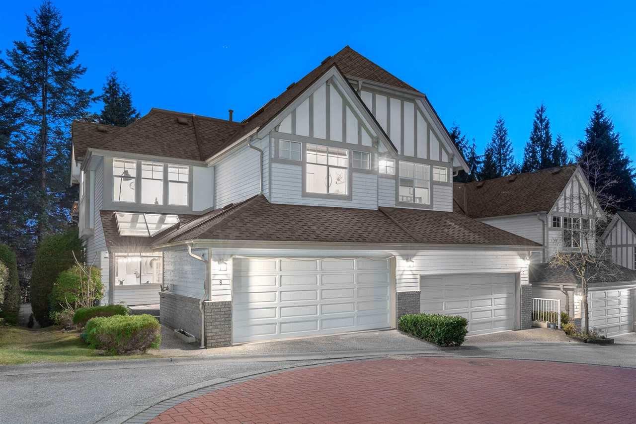 "Main Photo: 8 1 ASPENWOOD Drive in Port Moody: Heritage Woods PM Townhouse for sale in ""SUMMIT POINTE"" : MLS®# R2447622"