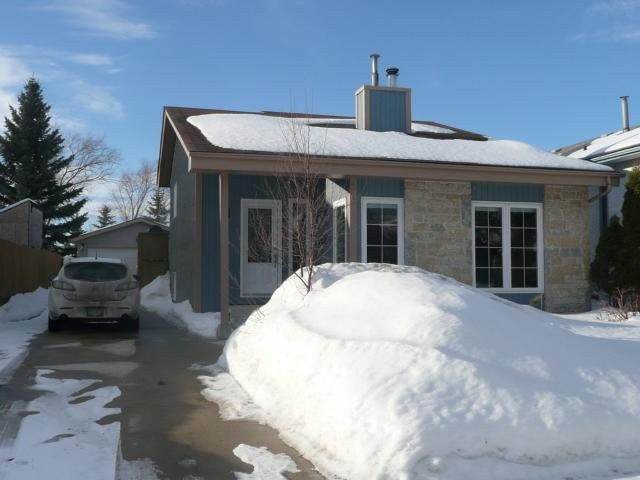 Main Photo: 98 RUSHMORE Road in WINNIPEG: North Kildonan Residential for sale (North East Winnipeg)  : MLS®# 1102604