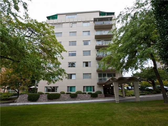 "Main Photo: 506 2409 W 43RD Avenue in Vancouver: Kerrisdale Condo for sale in ""BALSAM COURT"" (Vancouver West)  : MLS®# V911733"