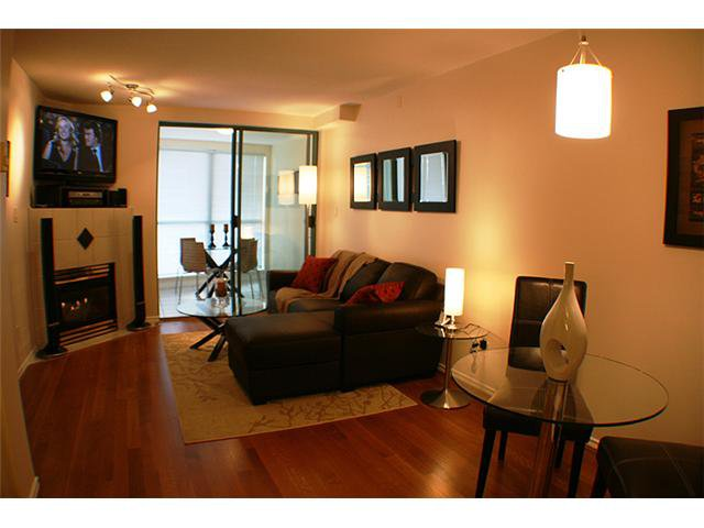 "Main Photo: # 1108 939 HOMER ST in Vancouver: Yaletown Condo for sale in ""THE PINNACLE"" (Vancouver West)  : MLS®# V1050703"