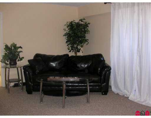 """Photo 2: Photos: 32175 OLD YALE Road in Abbotsford: Abbotsford West Condo for sale in """"FIR VILLA"""" : MLS®# F2619731"""