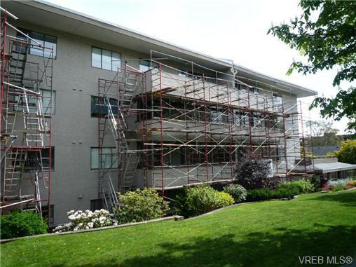 Main Photo: 306 439 Cook St in VICTORIA: Vi Fairfield West Condo for sale (Victoria)  : MLS®# 727869