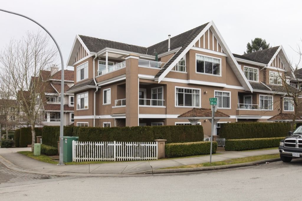 "Main Photo: 204 1320 55 Street in Delta: Cliff Drive Condo for sale in ""SANDALWOOD"" (Tsawwassen)  : MLS®# R2137376"