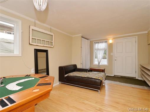 Photo 14: Photos: 985 Haslam Avenue in VICTORIA: La Glen Lake Single Family Detached for sale (Langford)  : MLS®# 374186