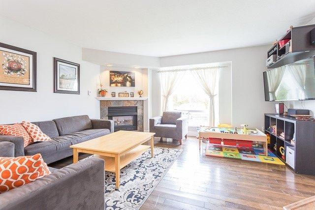 Photo 7: Photos: 20147 HAMPTON Street in Maple Ridge: Southwest Maple Ridge House for sale : MLS®# R2149870