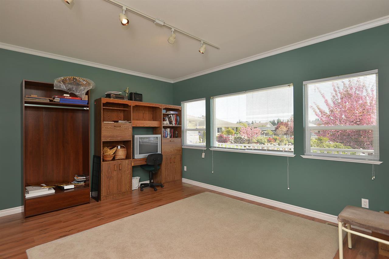 Photo 14: Photos: 4797 TAMARACK Place in Sechelt: Sechelt District House for sale (Sunshine Coast)  : MLS®# R2262210