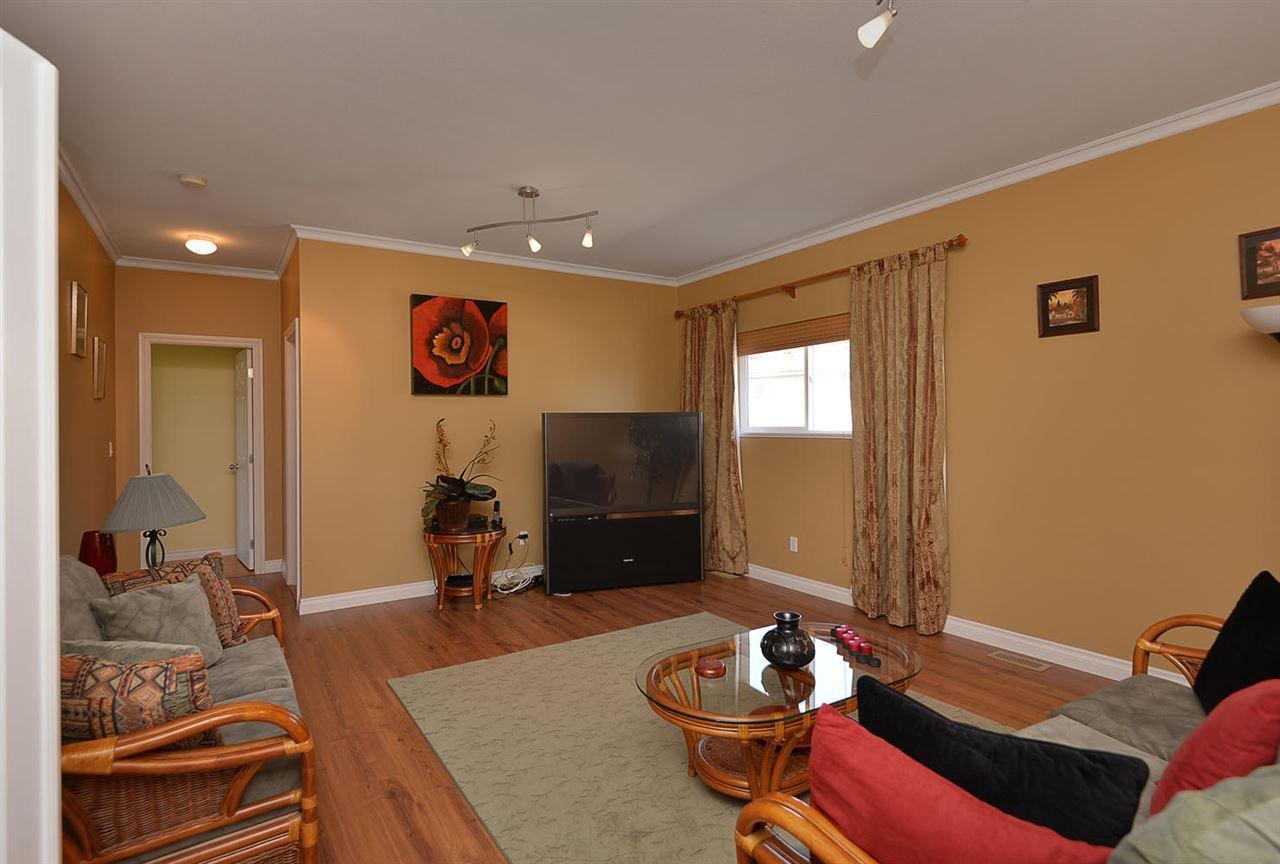 Photo 13: Photos: 4797 TAMARACK Place in Sechelt: Sechelt District House for sale (Sunshine Coast)  : MLS®# R2262210