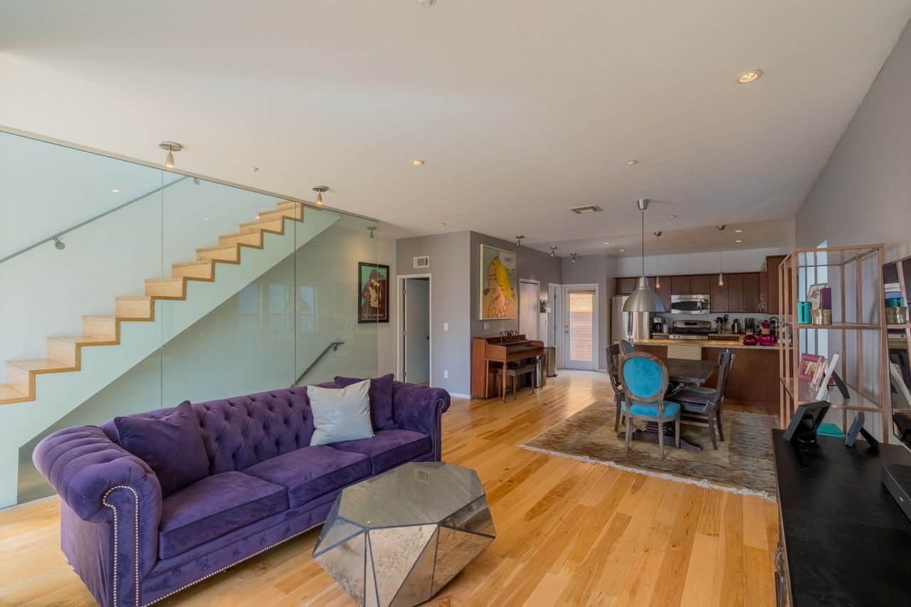 Main Photo: HILLCREST Condo for sale : 3 bedrooms : 217 Montecito Way in San Diego