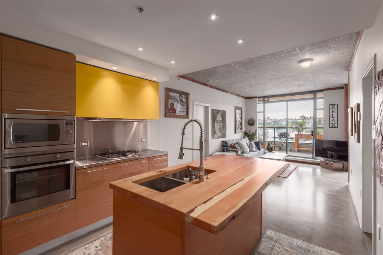 """Main Photo: 503 388 W 1ST Avenue in Vancouver: False Creek Condo for sale in """"EXCHANGE"""" (Vancouver West)  : MLS®# R2357491"""