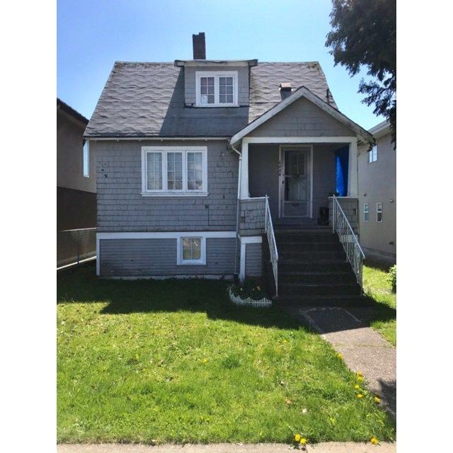 "Main Photo: 4330 PENDER Street in Burnaby: Willingdon Heights House for sale in ""WILLINGDON HEIGHTS"" (Burnaby North)  : MLS®# R2364609"