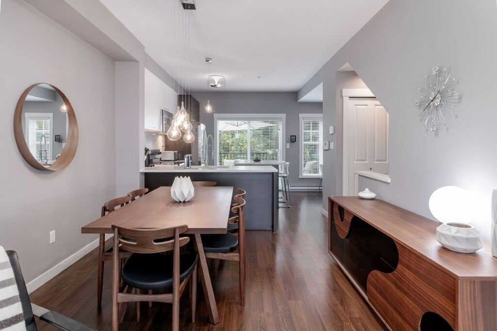 Photo 7: Photos: 122 3010 RIVERBEND Drive in Coquitlam: Coquitlam East Townhouse for sale : MLS®# R2386563