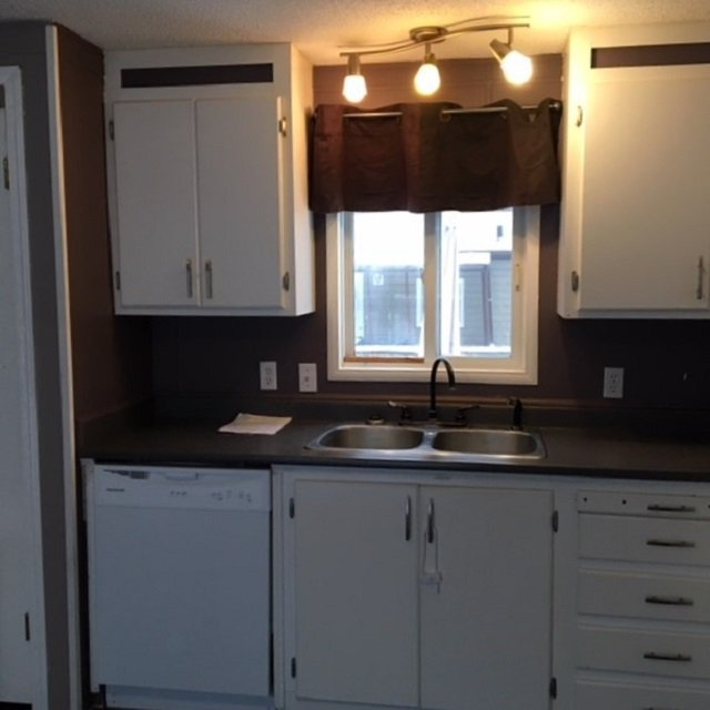 """Photo 6: Photos: 10 3211 GOOK Road in Quesnel: Red Bluff/Dragon Lake Manufactured Home for sale in """"DRAGON LAKE ESTATES"""" (Quesnel (Zone 28))  : MLS®# R2334362"""