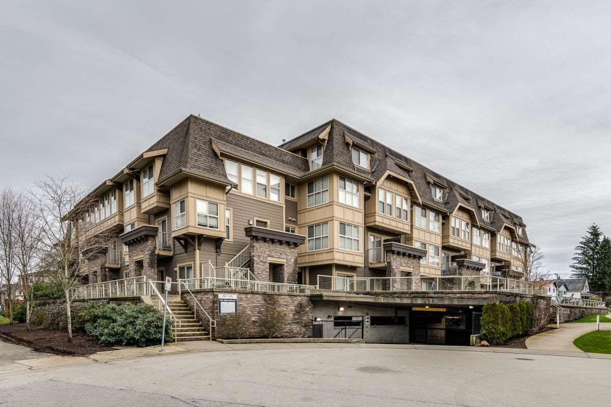 "Main Photo: 103 2110 ROWLAND Street in Port Coquitlam: Central Pt Coquitlam Condo for sale in ""AVIVA"" : MLS®# R2432281"