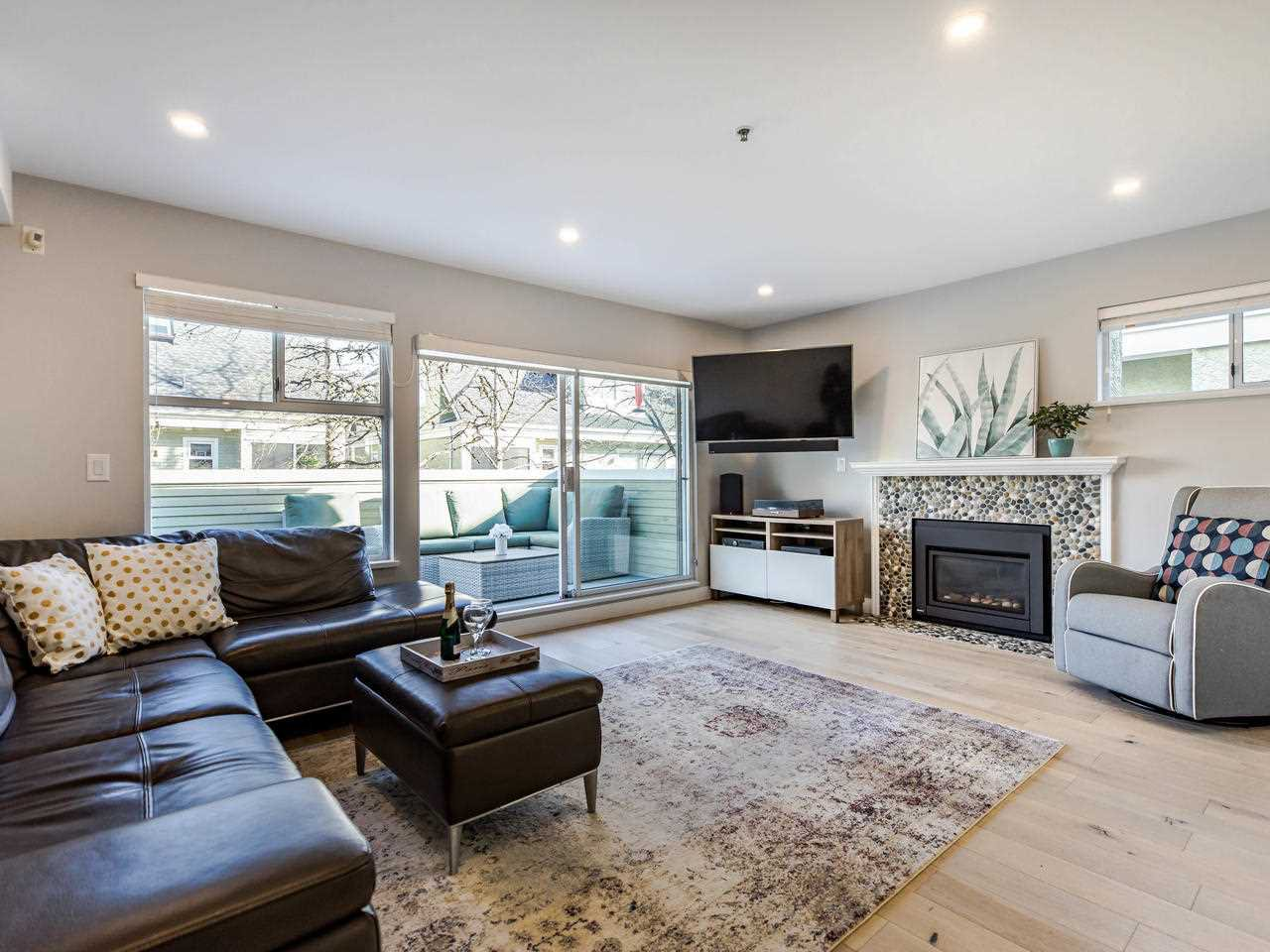 Main Photo: 17 4163 SOPHIA Street in Vancouver: Main Townhouse for sale (Vancouver East)  : MLS®# R2436690