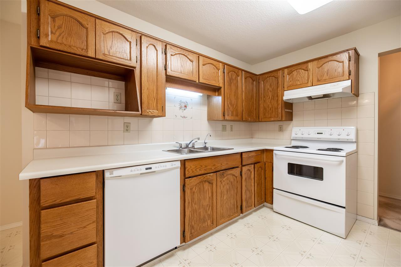 """Main Photo: 110 5360 205 Street in Langley: Langley City Condo for sale in """"Parkway Estates"""" : MLS®# R2503336"""