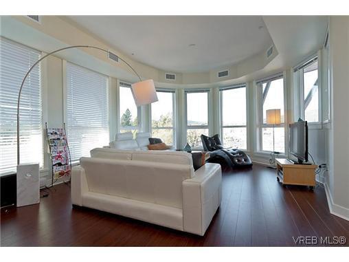 Main Photo: 414 662 Granderson Avenue in Victoria: La Fairway Condo Apartment for sale (Langford)  : MLS®# 306715