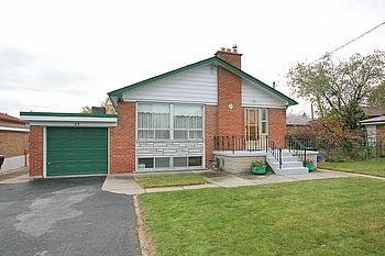 Main Photo: 23 Hancock Crest in Toronto: Wexford-Maryvale House (Bungalow) for sale (Toronto E04)  : MLS®# E3063654