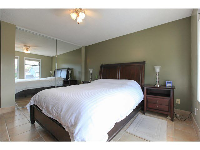 """Photo 7: Photos: 1982 ELIZABETH Drive in Coquitlam: River Springs House for sale in """"RIVER SPRINGS"""" : MLS®# V1142803"""