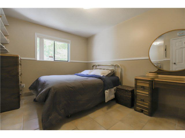 """Photo 9: Photos: 1982 ELIZABETH Drive in Coquitlam: River Springs House for sale in """"RIVER SPRINGS"""" : MLS®# V1142803"""
