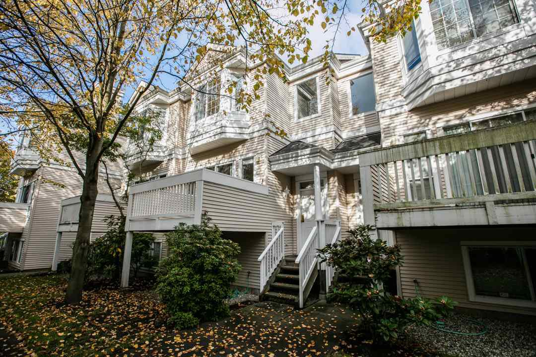 "Main Photo: 44 12411 JACK BELL Drive in Richmond: East Cambie Townhouse for sale in ""FRANCISCO VILLAGE"" : MLS®# R2009585"