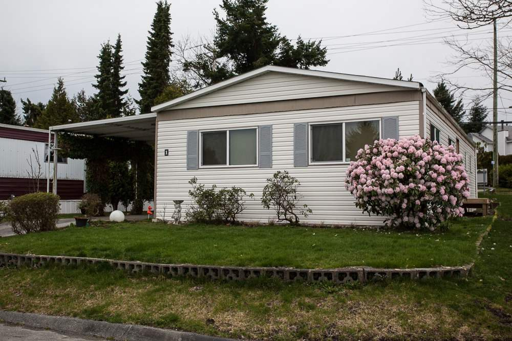 "Main Photo: 1 1840 160 Street in Surrey: King George Corridor Manufactured Home for sale in ""BREAKAWAY BAYS"" (South Surrey White Rock)  : MLS®# R2041363"