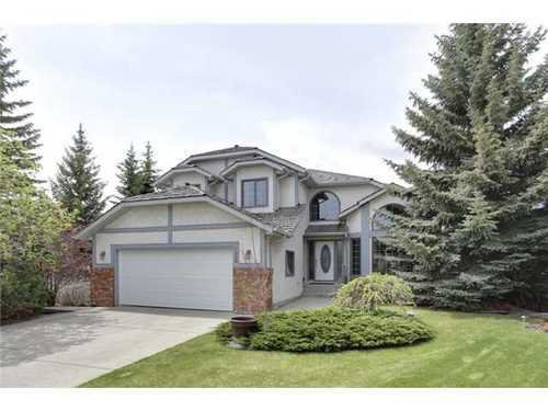 Main Photo: 126 HAWKVIEW MANOR Court NW in Calgary: 2 Storey Split for sale : MLS®# C3525353