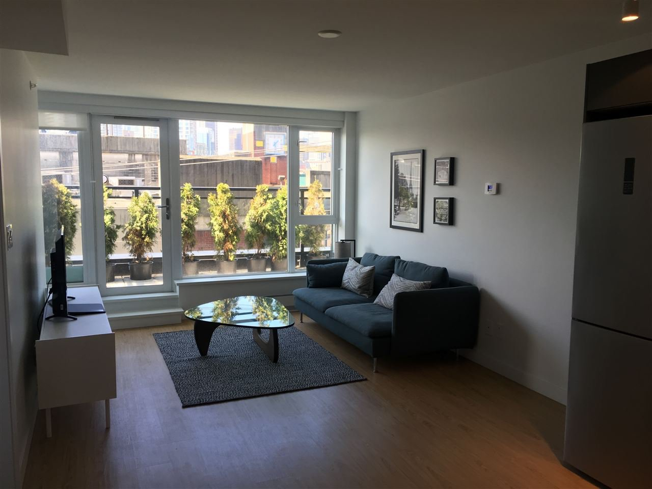 """Main Photo: 603 188 KEEFER Street in Vancouver: Downtown VW Condo for sale in """"188 Keefer"""" (Vancouver West)  : MLS®# R2151485"""