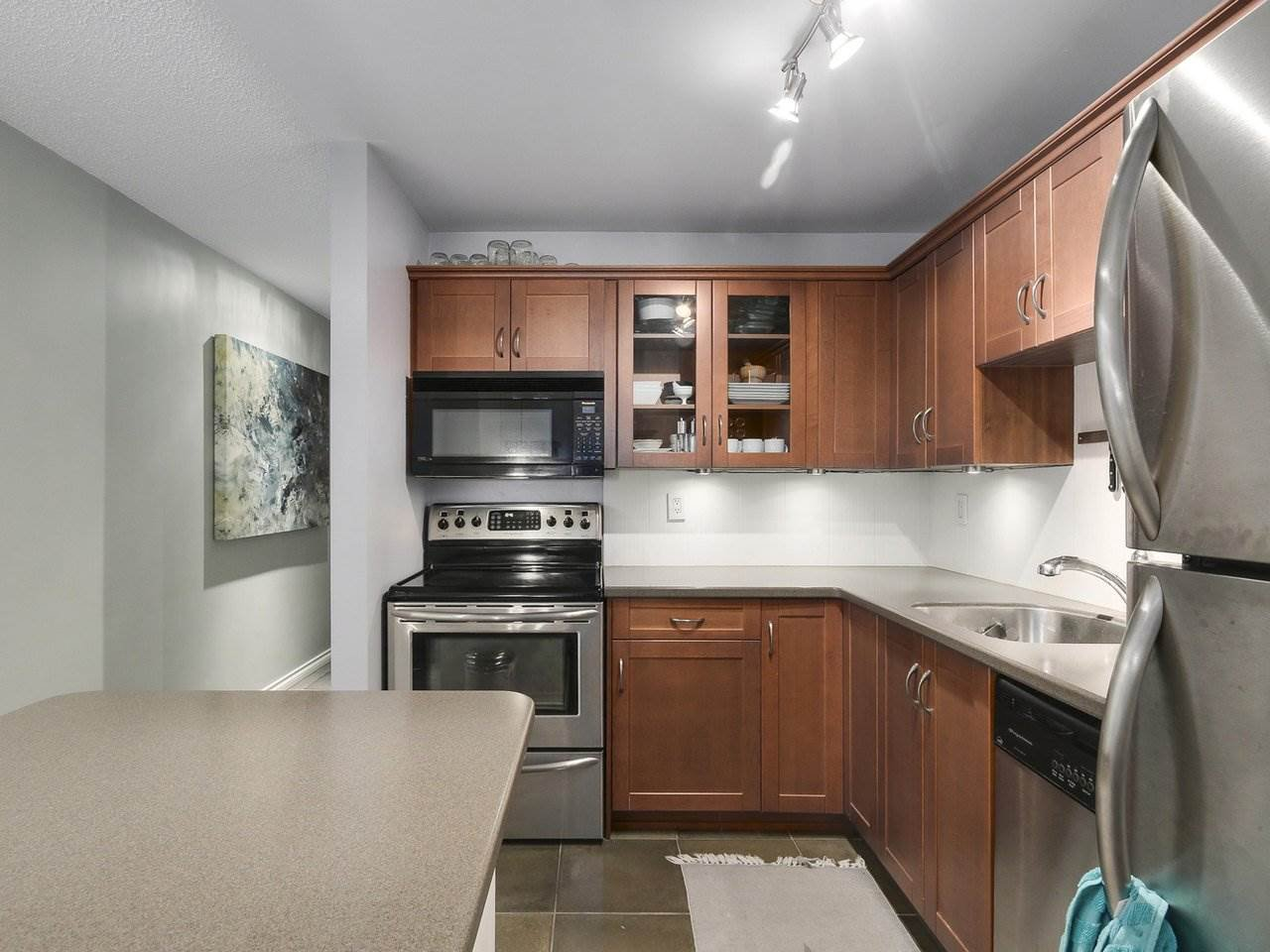"Photo 12: Photos: 314 1106 PACIFIC Street in Vancouver: West End VW Condo for sale in ""WESTGATE LANDING"" (Vancouver West)  : MLS®# R2171131"
