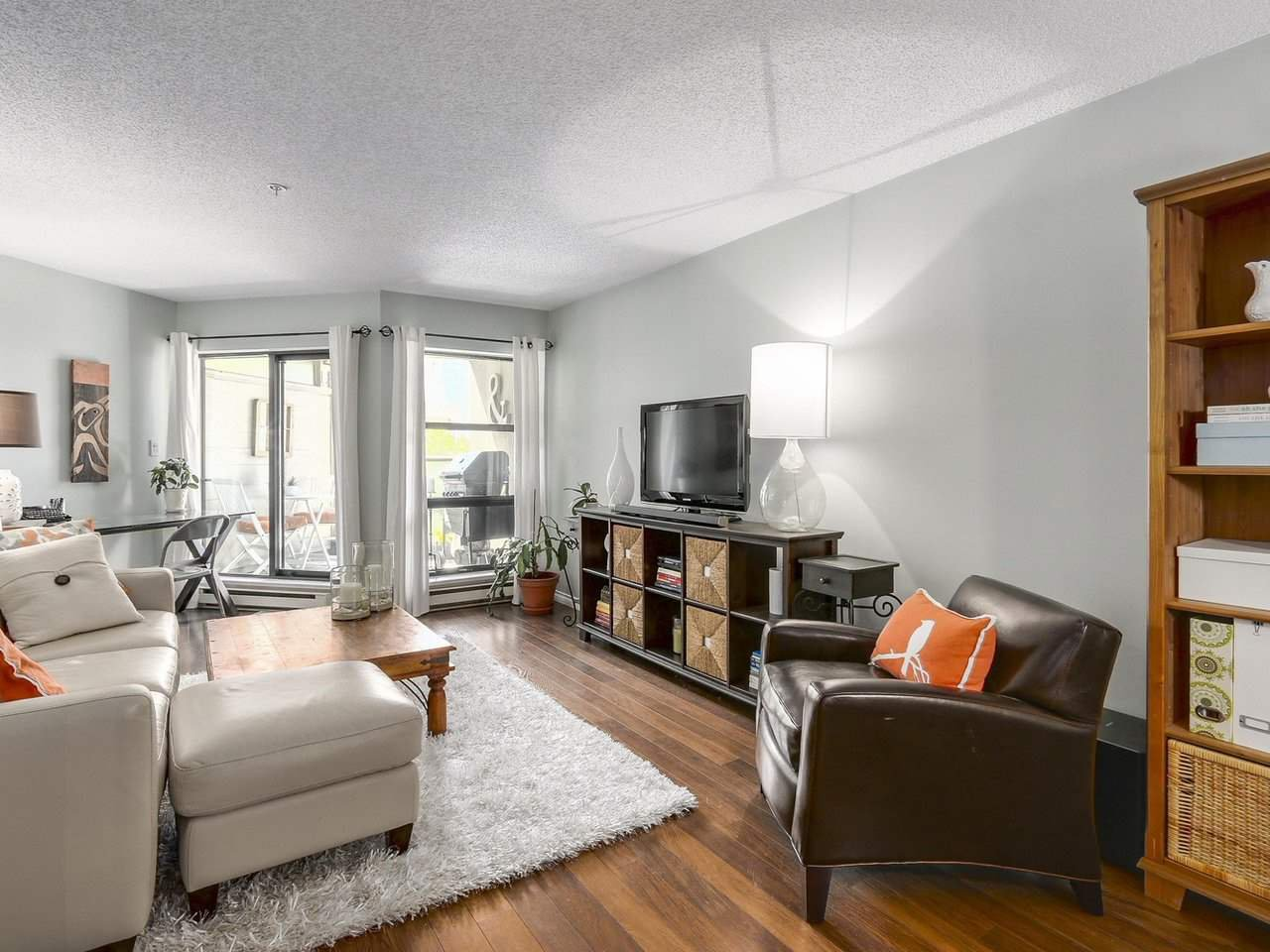 "Photo 5: Photos: 314 1106 PACIFIC Street in Vancouver: West End VW Condo for sale in ""WESTGATE LANDING"" (Vancouver West)  : MLS®# R2171131"