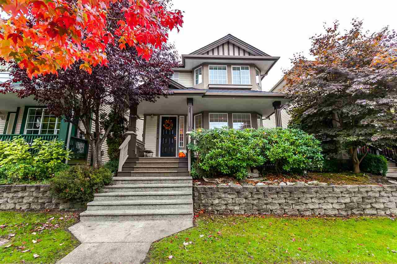 Main Photo: 20608 87 Avenue in Langley: Walnut Grove House for sale : MLS®# R2215321