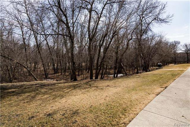 Photo 18: Photos: 206 815 St Anne's Road in Winnipeg: River Park South Condominium for sale (2F)  : MLS®# 1809348