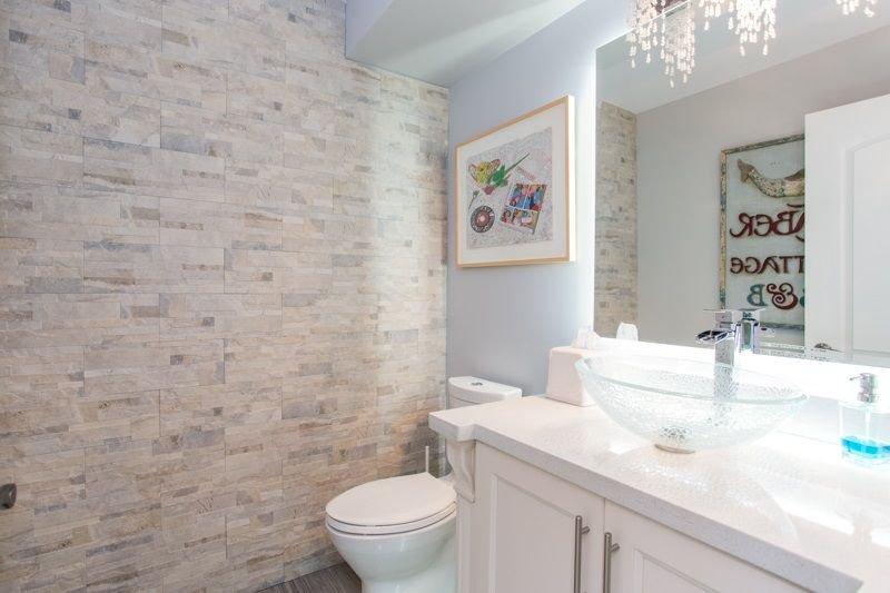 Photo 8: Photos: 15492 GOGGS Avenue: White Rock House for sale (South Surrey White Rock)  : MLS®# R2310910