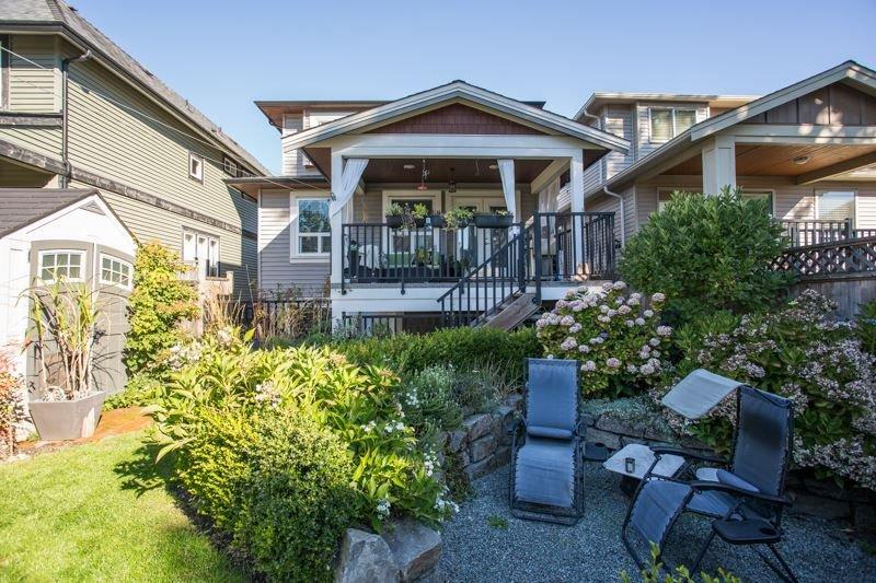 Photo 19: Photos: 15492 GOGGS Avenue: White Rock House for sale (South Surrey White Rock)  : MLS®# R2310910