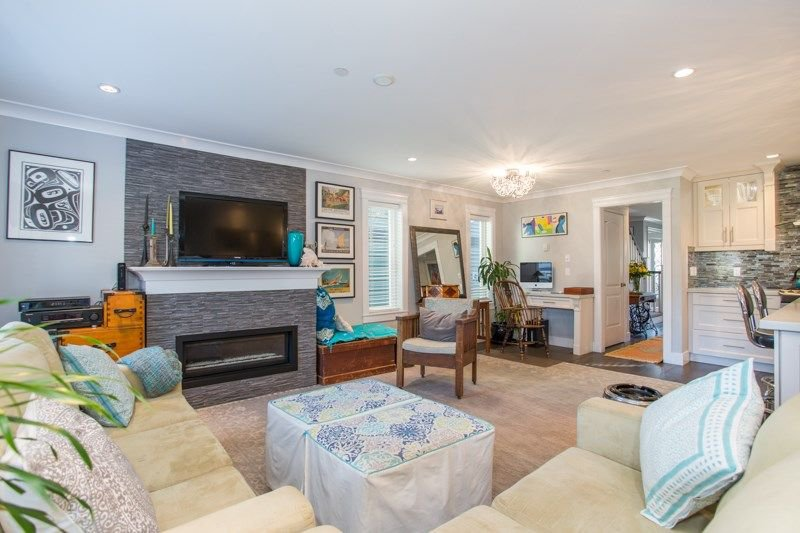 Photo 6: Photos: 15492 GOGGS Avenue: White Rock House for sale (South Surrey White Rock)  : MLS®# R2310910