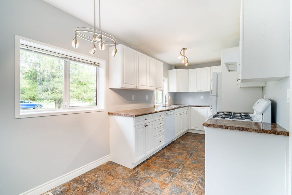 Photo 4: Photos: 13442 224 Street in Maple Ridge: Silver Valley House for sale : MLS®# R2372501
