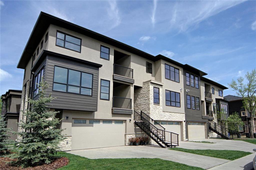 Main Photo: 3664 19 Avenue SW in Calgary: Killarney/Glengarry Row/Townhouse for sale : MLS®# C4252687