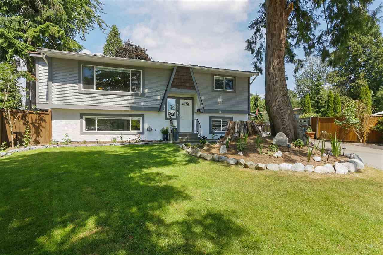 Main Photo: 21043 121 Avenue in Maple Ridge: Northwest Maple Ridge House for sale : MLS®# R2379574