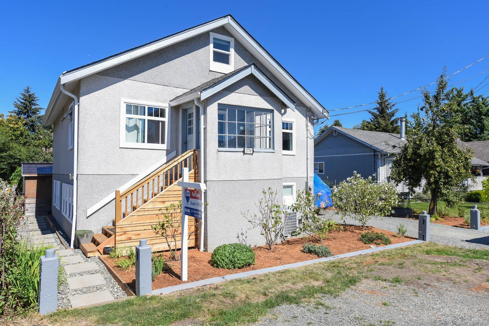 Main Photo: 2770 Maryport Ave in : CV Cumberland House for sale (Comox Valley)  : MLS®# 853830