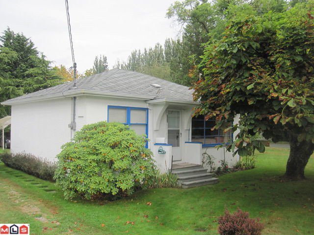 Main Photo: 12261 SULLIVAN Street in Surrey: Crescent Bch Ocean Pk. House for sale (South Surrey White Rock)  : MLS®# F1124169
