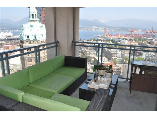 "Photo 2: Photos: # 2402 183 KEEFER PL in Vancouver: Downtown VW Condo for sale in ""PARIS PLACE"" (Vancouver West)  : MLS®# V966773"