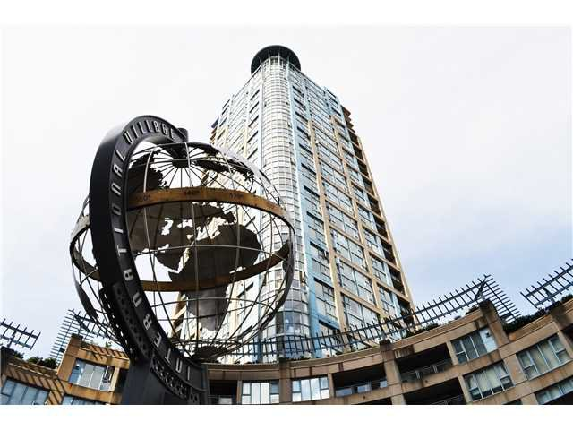 "Photo 7: Photos: # 2402 183 KEEFER PL in Vancouver: Downtown VW Condo for sale in ""PARIS PLACE"" (Vancouver West)  : MLS®# V966773"