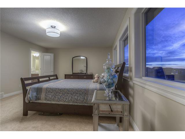 Photo 17: Photos: 160 AUBURN SOUND Manor SE in CALGARY: Auburn Bay Residential Detached Single Family for sale (Calgary)  : MLS®# C3611604