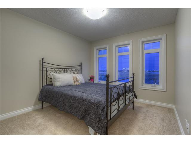 Photo 14: Photos: 160 AUBURN SOUND Manor SE in CALGARY: Auburn Bay Residential Detached Single Family for sale (Calgary)  : MLS®# C3611604