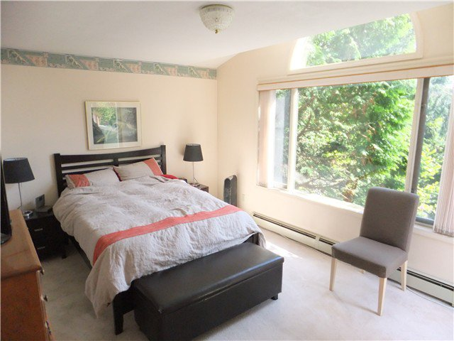 Photo 10: Photos: 2107 W 49TH Avenue in Vancouver: Kerrisdale House for sale (Vancouver West)  : MLS®# V1063019