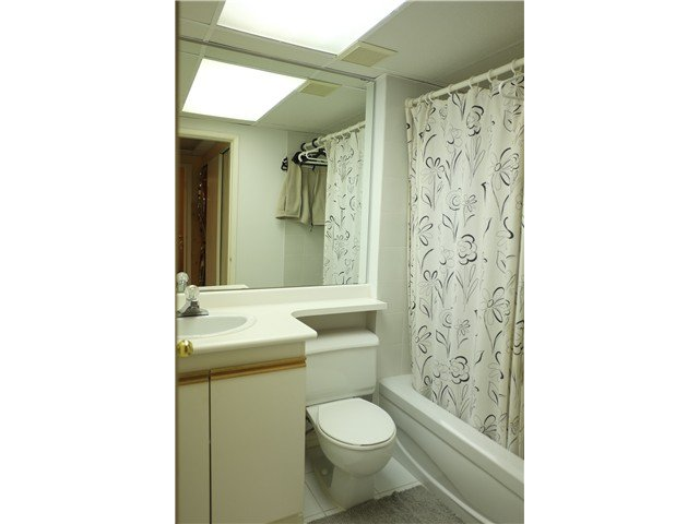 """Photo 10: Photos: 2238 MCBAIN Avenue in Vancouver: Quilchena Townhouse  in """"ARBUTUS VILLAGE"""" (Vancouver West)  : MLS®# V1091234"""