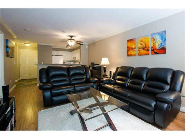 """Photo 2: Photos: 215 1363 56TH Street in Tsawwassen: Cliff Drive Condo for sale in """"Windsor Woods"""" : MLS®# V1114935"""