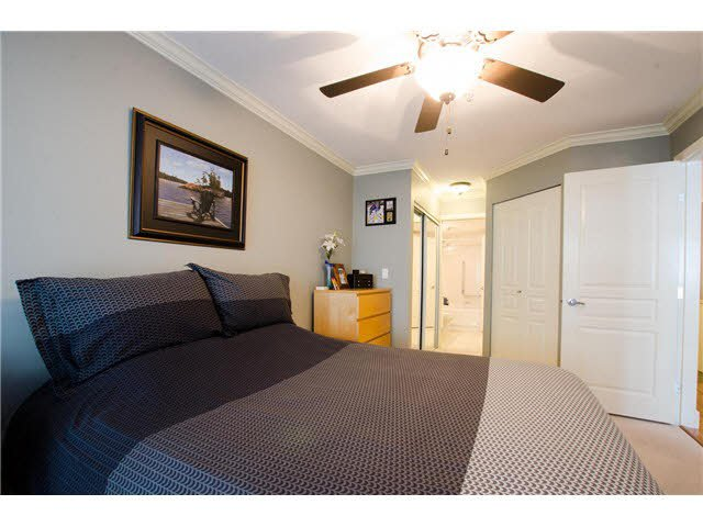 """Photo 7: Photos: 215 1363 56TH Street in Tsawwassen: Cliff Drive Condo for sale in """"Windsor Woods"""" : MLS®# V1114935"""